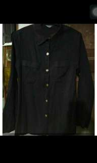 PRELOVED BLACK SHIRT