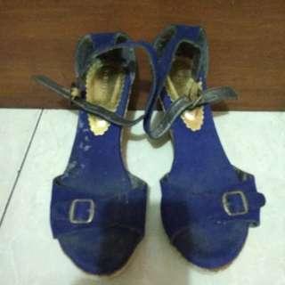 Sepatu sendal wedges