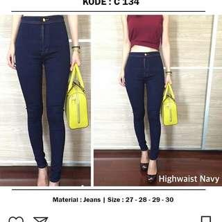 Highwaist Navy Jeans
