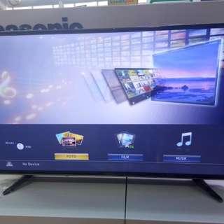 Kredit Televisi tanpa bunga cukup di Home credit aja