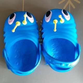 95新,毛毛蟲bb膠鞋20碼,$50