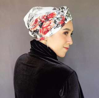 Instant Turban Floral Legendary Red