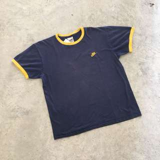 NIKE YELLOW EMBROIDERED RINGER TEE