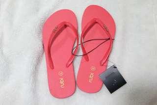 RUBI: Slippers