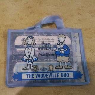 The Vaudeville Due 膠布
