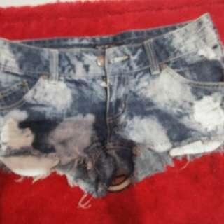 hotpants riped