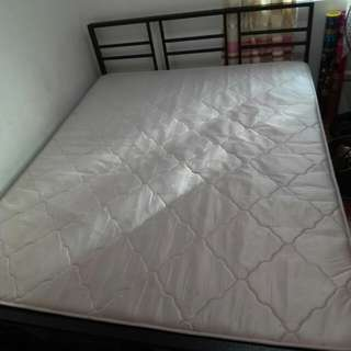 Queensize bed for sale! salem foam P6000 only