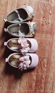 OLD NAVY Crib-shoe