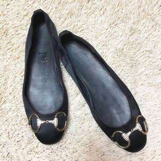 Authentic GUCCI Embellished Satin Flats