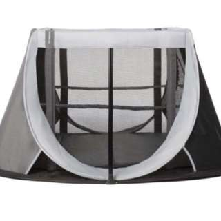 Aeromoov travel cot (black)