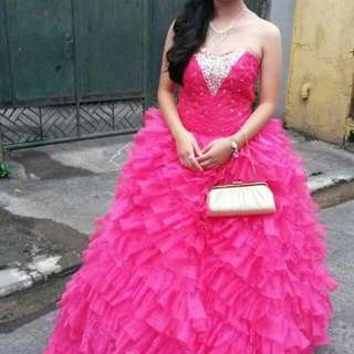 GOWN FOR RENT 😊