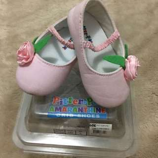 Pitter-pat crib shoes
