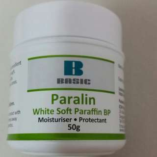Basic white soft paralin / Paraffin