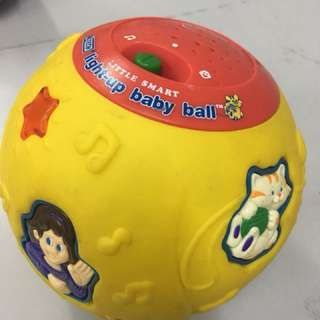 Vtech Little Smart Light Up Baby Ball Yellow
