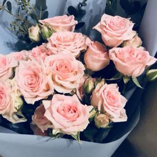 Rose spray flower bouquet