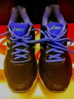 Asics women's rubber shoes