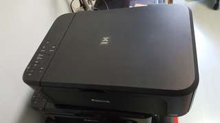 MG3570 canon printer with full inks!