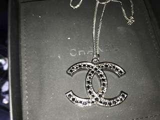 Chanel 大logo 黑色石項鍊 可以雙面使用 全新購自法國