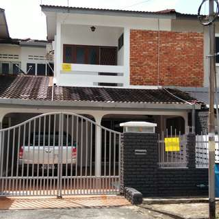 Double storey terrace house at town for rent