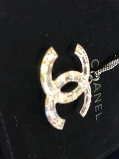 Chanel 長方石項鍊 特大logo 可以長短使用 全新購自轉櫃