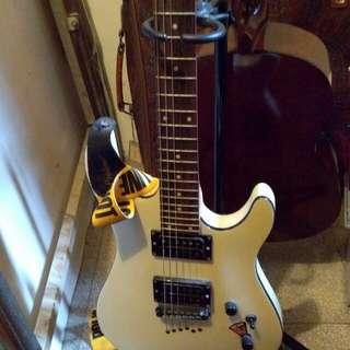 gitar electric cort + ampli roland cube