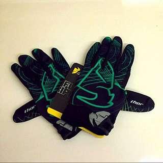 Brand New Thor (Flux Ripple Pant) Hand Gloves