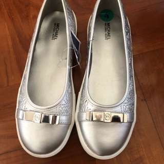 Michael kors silver flats 銀色平底鞋