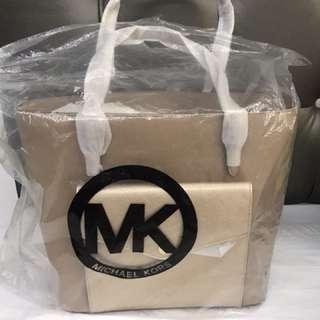 MK saffiano tote