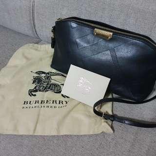 Burberry leather clutch/ crossbody handbag - black