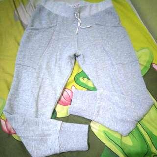 Girls cotton on joger pants