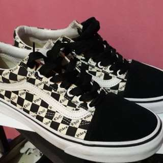 Vans chill vibes size 8.0/40.5