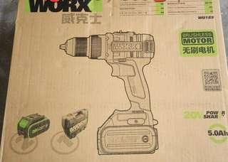 Worx無刷電Worx新版無刷電鎚鑽兩5.0鋰電一6A快充电器