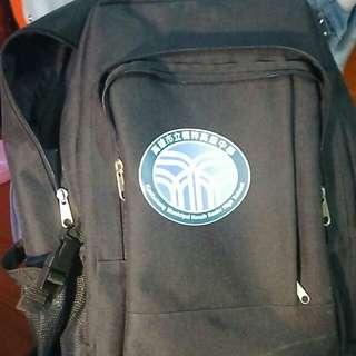 學校後背包   也可當登山背包
