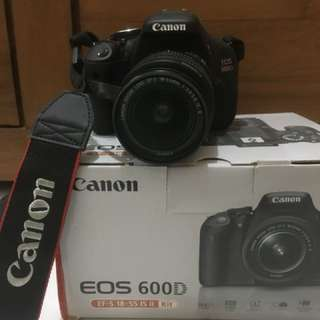 CANON EOS 600D (Like New)