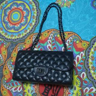 Chain hand bag (strictly by mail)