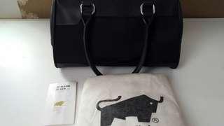 Preloved Authentic Braun Buffel Handbag