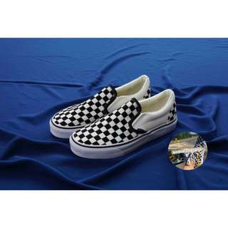 VANS SLIP ON CHECKERBOARD BLACK WHITE