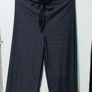 Square pants