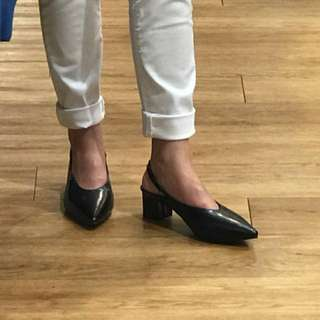 Sling Back shoes-sepatu hitam