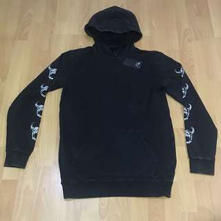 Quiksilver black hoodie fleece top S