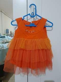 Baju pesta bayi orange