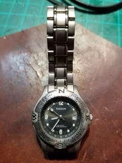 MADISON鈦合金女装电子錶