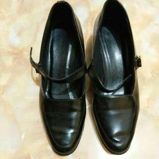 Sepatu Pantofel Hitam / Pantopel 90's 90s