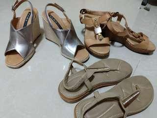 $4EACH: Platform sandals size 39-40
