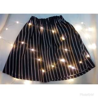 Lowry Farm Skirt