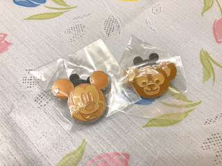 Disney pin 迪士尼徽章 game event 2018 mickey duffy