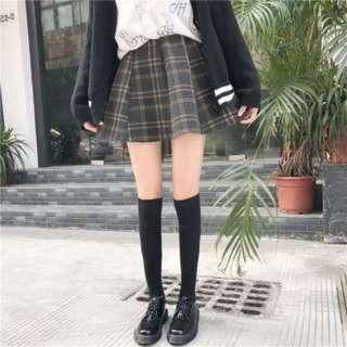 [PRE-ORDER] Women Korean High Waist Stretchable Woolen A Shape Plaid Skirt