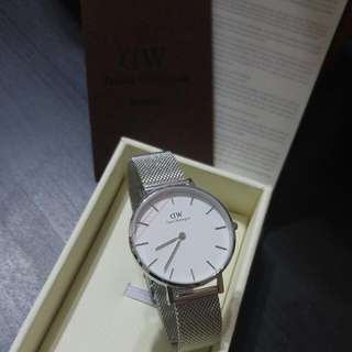 Daniel wellington 32mm sterling white