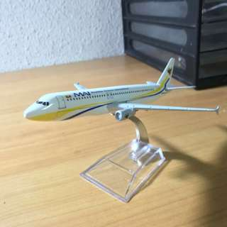 Aircraft Model Airbus A320 Myanmar Airways International