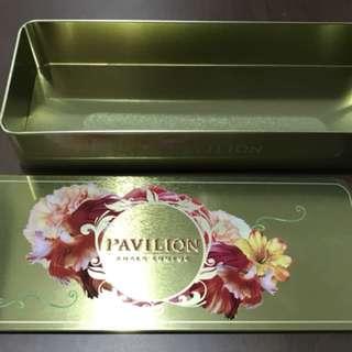 Floral metal box